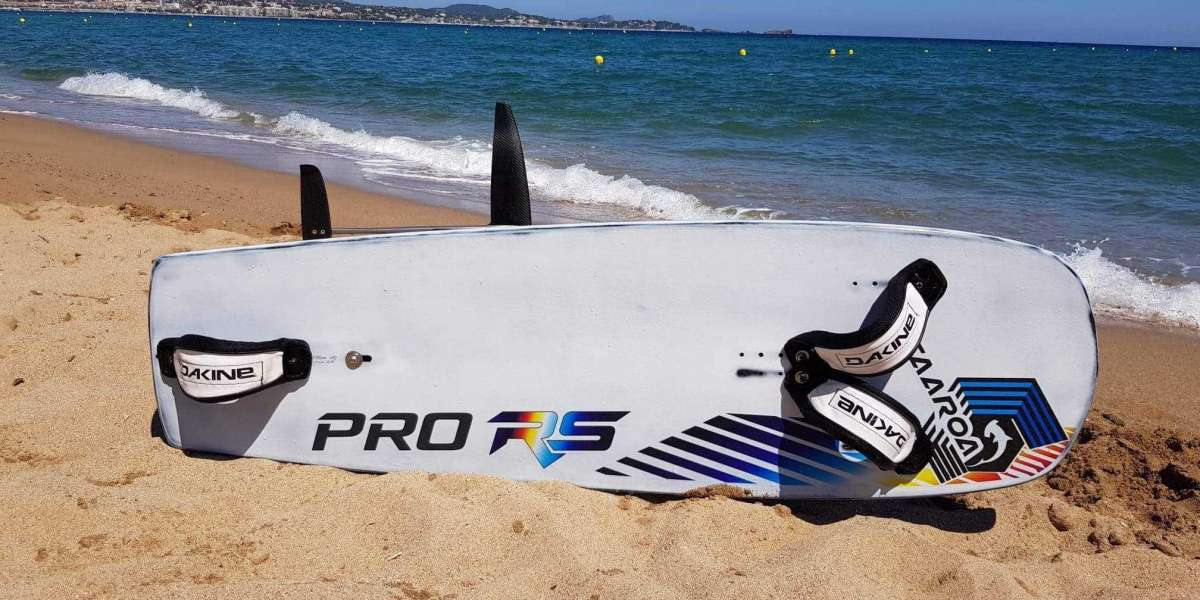 Buy the SUP Foil at the TAAROA website.