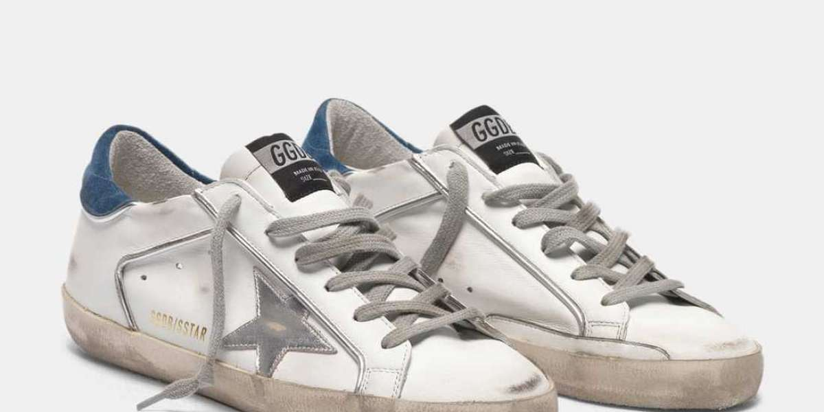 Golden Goose Outlet sweating