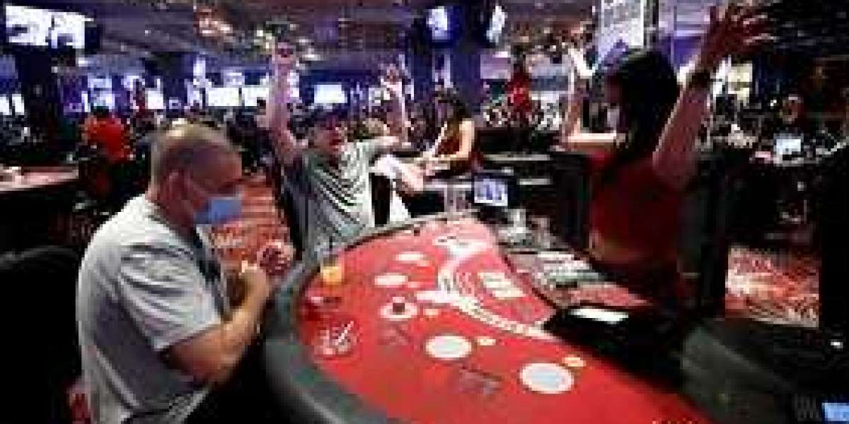 Check Out All Possible Details About Poker Online