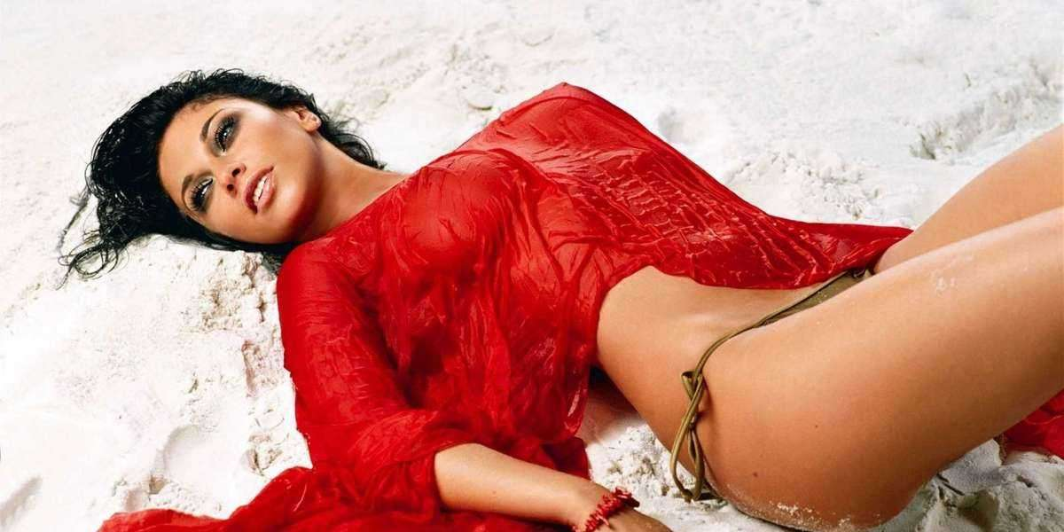 IS IT SAFE TO BOOK A BANGALORE ESCORTS?