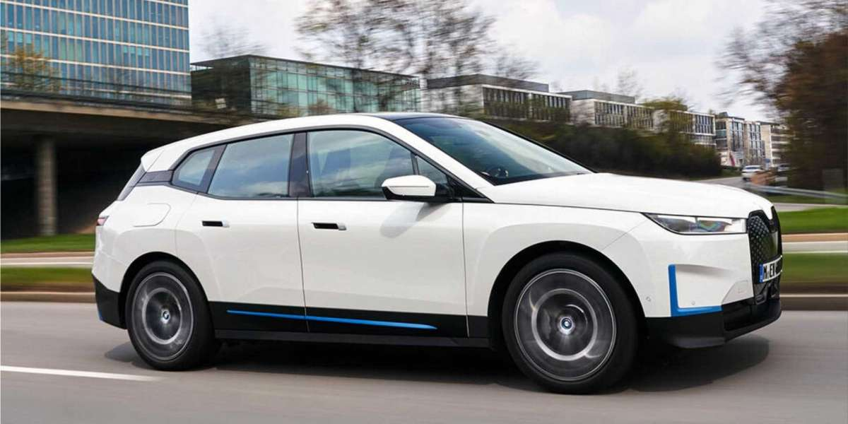 The new BMW iX electric car from 100,000 euros