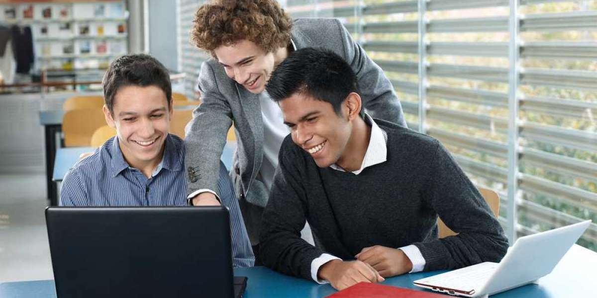 2 Important Factors To Consider When Finding Homework Help Services