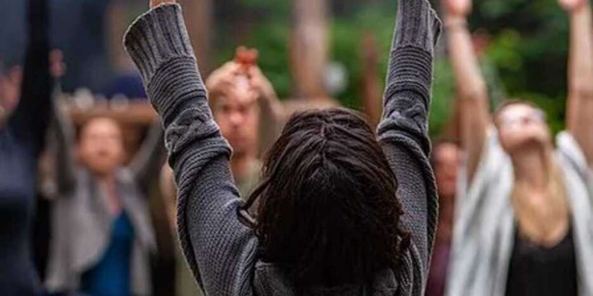 Dynamic Yoga Classes in Brussels | Blogs about Yoga and Good Health & Food