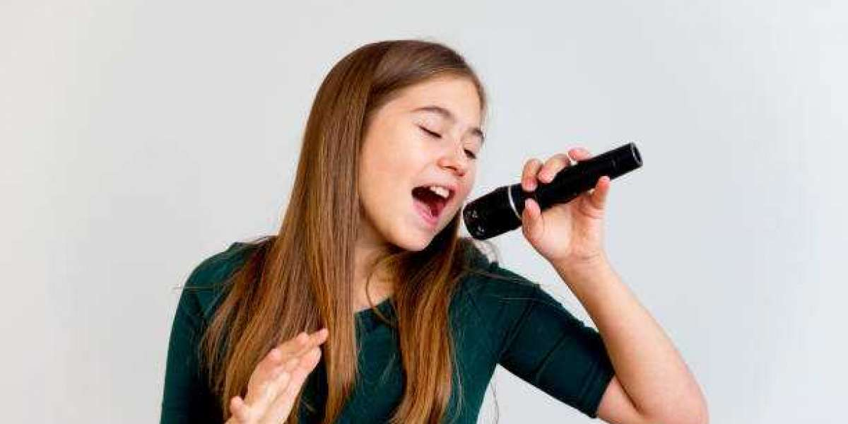 Don't Let Pandemic Stop Your Music Education, Enroll For Online Singing Classes