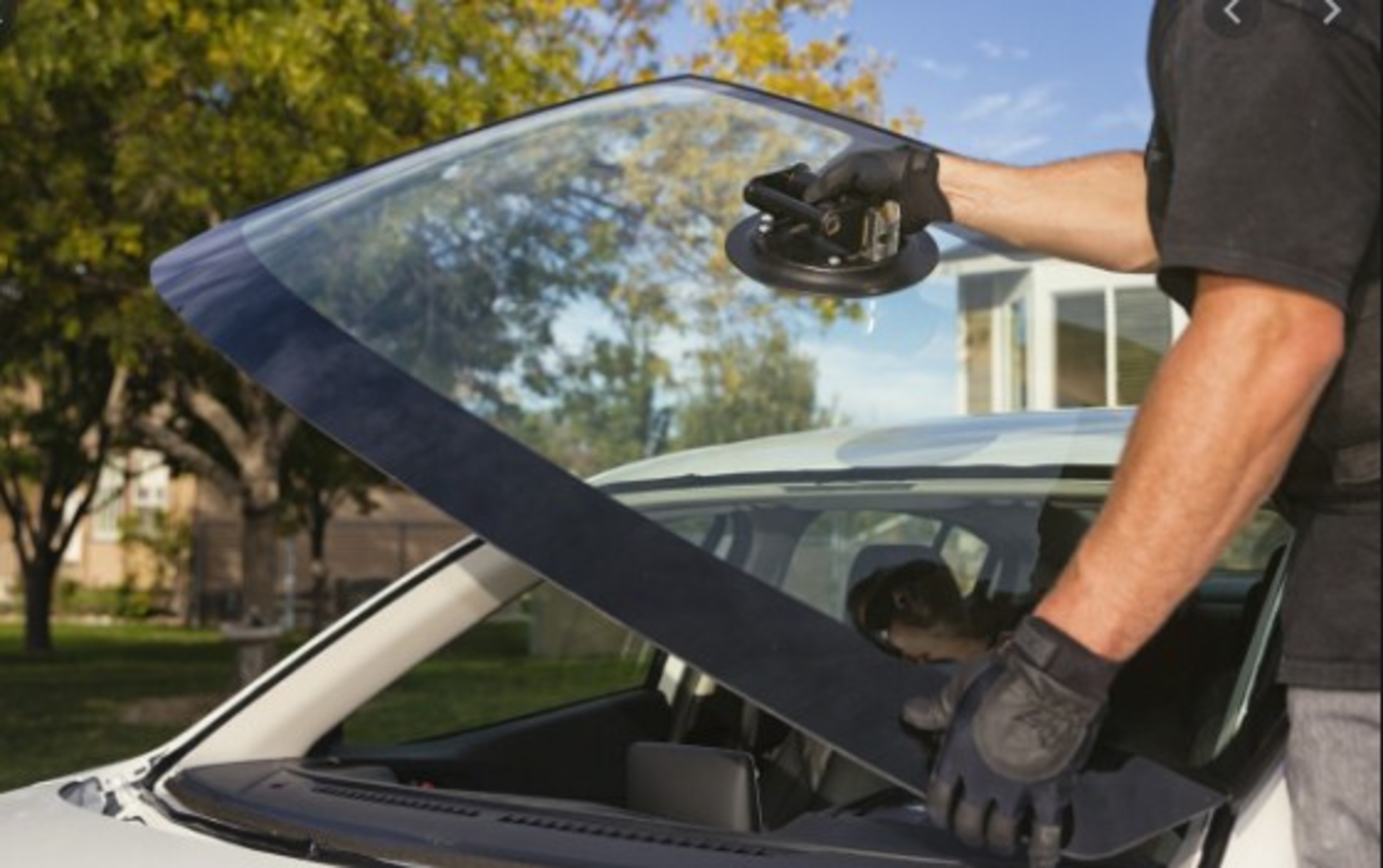 What Are The Best Ways To Prevent Your Windshield Cracks? | apluswindshield