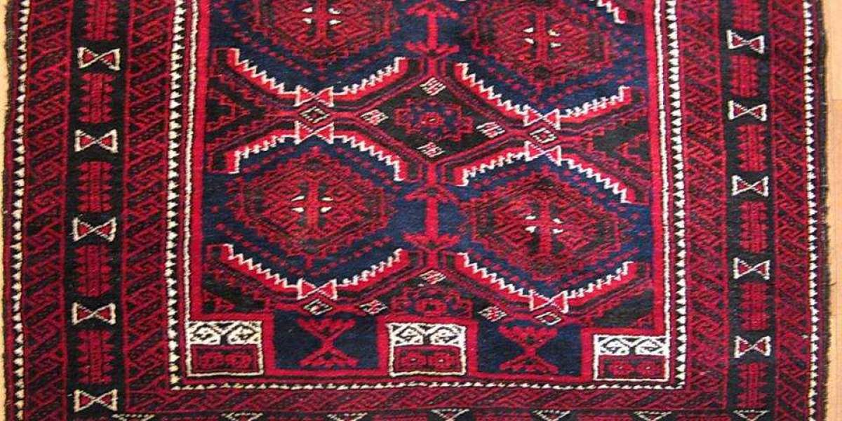 What to Look for When Buying a Vintage Rug